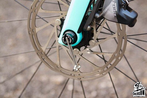 BIANCHI Infinito CV disc_FULCRUM racing 418 alloy_05